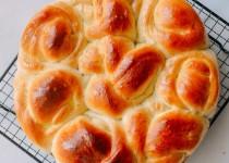 Cách làm bánh mì sữa đơn giản, đẹp mắt, ngon miệng