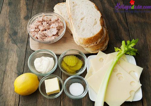 cách làm bánh mì kẹp cá ngừ 1