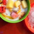cách làm sinh tố xoài sữa chua, cách làm hoa quả dầm 2