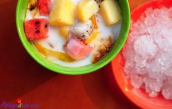 Nấu ăn món ngon mỗi ngày với Sữa tươi không đường, cách làm hoa quả dầm 2