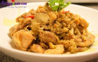Nấu ăn món ngon mỗi ngày với Tiêu, Gà kho nghệ tươi - món ăn bổ dưỡng cho cả nhà