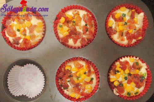 Công thức làm bánh bông lan nhân mặn siêu ngon 6