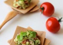 Giảm cân với công thức làm salad bơ từ Mexico