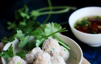 Nấu ăn món ngon mỗi ngày với Nước chấm, Hướng dẫn làm thịt viên luộc lạ miệng - bạn đã thử? kết quả