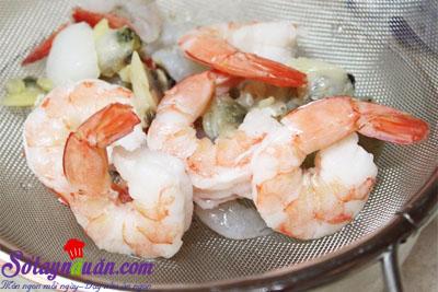 cách làm món mì xào hải sản kiểu Hàn Quốc 6