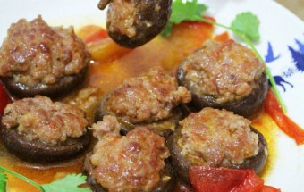 món ăn miền bắc, Nấm nhồi thịt sốt cà 8