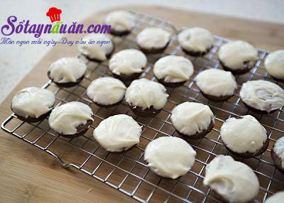 Cách làm bánh brownie cực ngon và xinh xắn 8