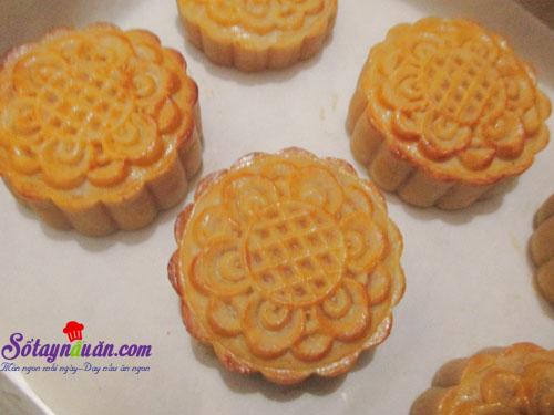 Cách làm bánh trung thu nhân custard thơm ngon cho bé 3 (5)