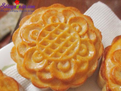 Cách làm bánh trung thu nhân custard thơm ngon cho bé thành phẩm