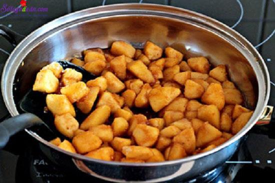 Cách làm món bánh crepe nhân táo 10