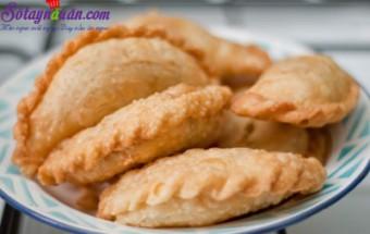 Nấu ăn món ngon mỗi ngày với Khoai tây, Cách làm bánh gối cà ri gà thơm ngon khó cưỡng 11