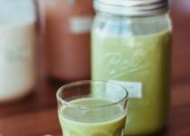 Cách làm sữa đậu nành lá dứa cho thời tiết se lạnh