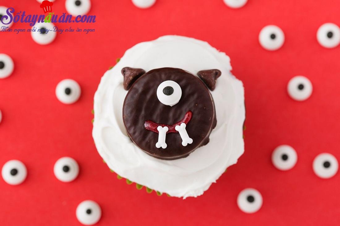Cách làm cupcake quái vật Halloween siêu dễ thương