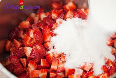 Công thức cho món bánh quế cuộn mứt dâu ngon tuyệt hảo 4
