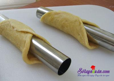 Hướng dẫn làm bánh cannoli truyền thống của Ý siêu ngon 5