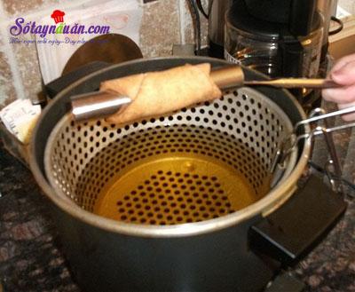 Hướng dẫn làm bánh cannoli truyền thống của Ý siêu ngon 6