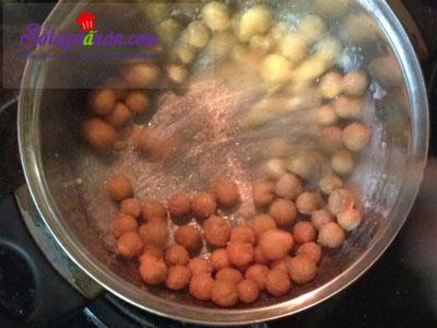 Cách làm bánh nhãn phủ đường cực dễ mà cực ngon 13