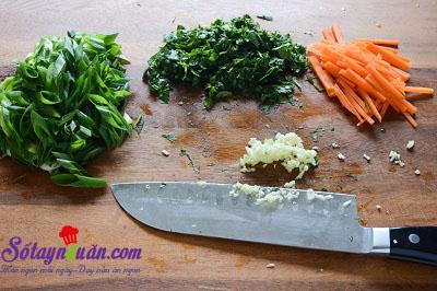 Cách làm gỏi cuốn chấm sốt bơ đậu phộng ngon mê mẩn 2