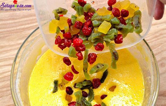 Cách làm món bánh rượu rum trái cây 11