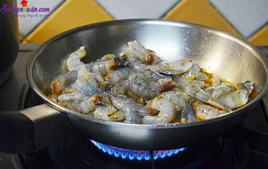 Cách làm tôm xào cay đơn giản mà ngon 3