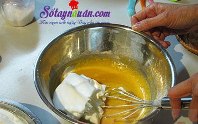 Công thức bánh bông lan cuộn trứng muối xốp mềm khó cưỡng 8