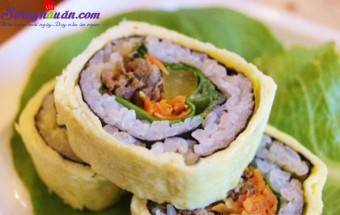 Nấu ăn món ngon mỗi ngày với Dầu hào, Công thức cho món trứng bọc kimbap bò ngon đúng điệu kết quả
