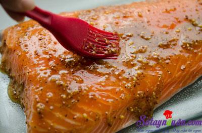 Hướng dẫn làm cá hồi xốt đào chua ngọt thơm ngon khó cưỡng 7