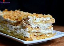 Bánh torte Napoleon kiểu Nga nhân sữa đặc siêu ngon