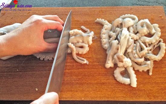 cách làm bạch tuộc xào cay kiểu hàn 5