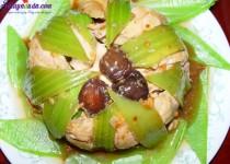 Công thức cho món gà hấp cải bẹ xanh ngon đúng điệu