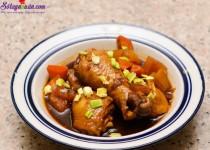 Cách làm món gà om cay ngon tuyệt ngày đông lạnh