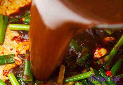 Cách làm sườn hầm xốt đậu đen ngon không thể cưỡng lại 6