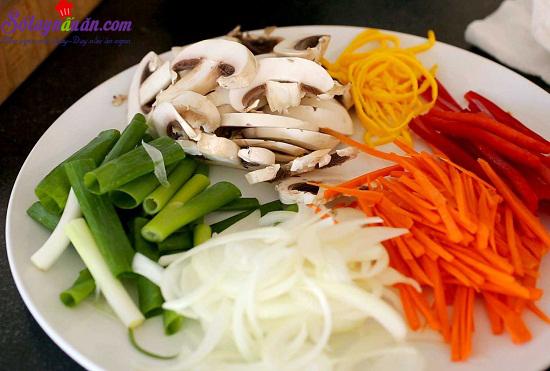 hướng dẫn làm miến xào thịt bò rau củ 1