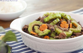 Nấu ăn món ngon mỗi ngày với Bột ngô, cách làm thịt bò mướp đắng 11