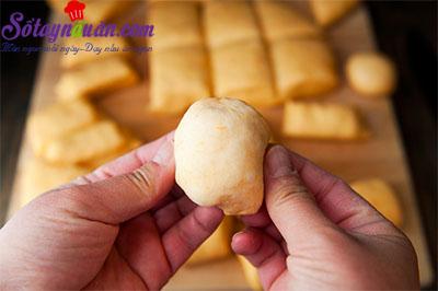 Cách làm bánh khoai lang nướng ngon bá cháy 5