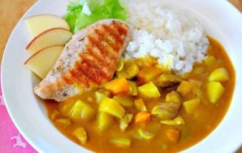 Nấu ăn món ngon mỗi ngày với 2 củ khoai tây, Cà ri với gà nướng - sức hấp dẫn không thể chối từ