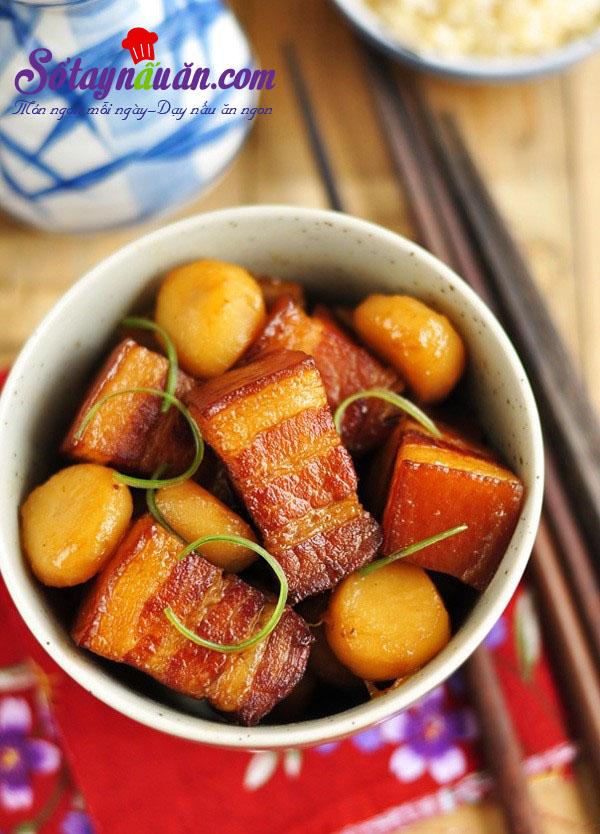 Công thức cho món thịt kho củ năng đậm đà đưa cơm