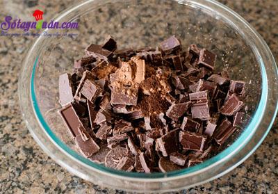 Mẹo làm sốt chocolate ăn kèm với kem ngon tuyệt vời 2