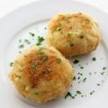 hướng dẫn làm cá basa chiên giòn, cách làm bánh cá hồi với khoai tây nghiền 11