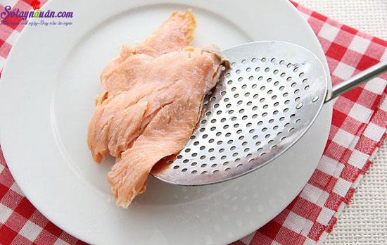 cách làm bánh cá hồi với khoai tây nghiền 4