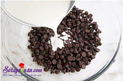 Cách làm bánh bông lan chocolate ngon mê mẩn 1