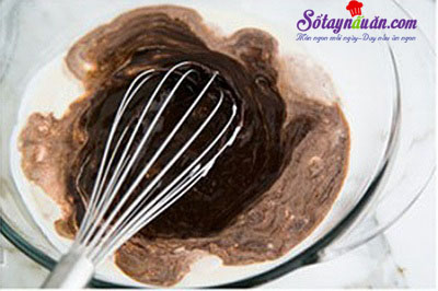 Cách làm bánh bông lan chocolate ngon mê mẩn 3