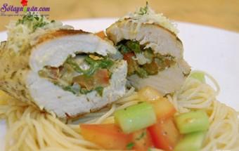 Nấu ăn món ngon mỗi ngày với Ớt chuông, cách làm gà nhồi thơm 7