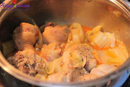 cách làm gà nấu kim chi 4