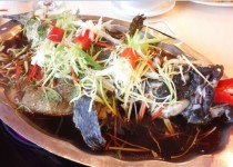 Hướng dẫn làm món cá hấp xì dầu cực ngon