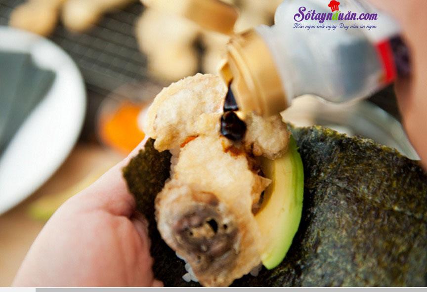 Làm sushi cuộn với nấm cực kì thơm ngon và giản đơn 7