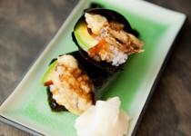 Làm sushi cuộn với nấm cực kì thơm ngon và đơn giản