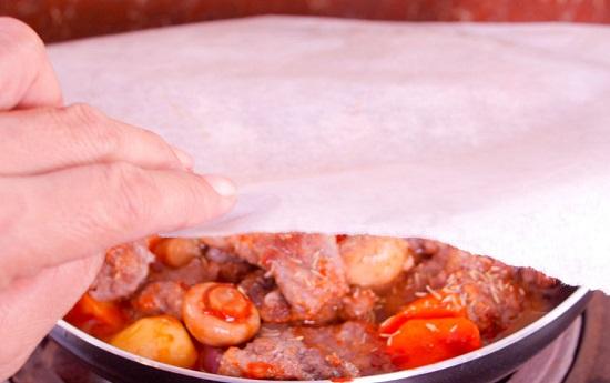 cách làm thịt bò hầm nấm kiểu Pháp 17