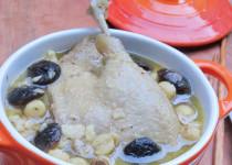 Vịt hầm hạt sen – món ngon cho người bệnh tiểu đường