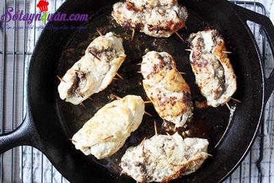 Siêu lòng cùng gà cuộn nấm ngon đúng điệu 5
